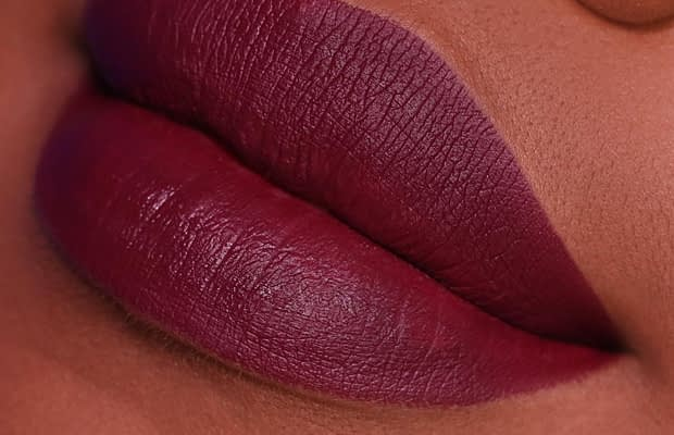 Liquid Matte Lipstick - Christmas Makeups