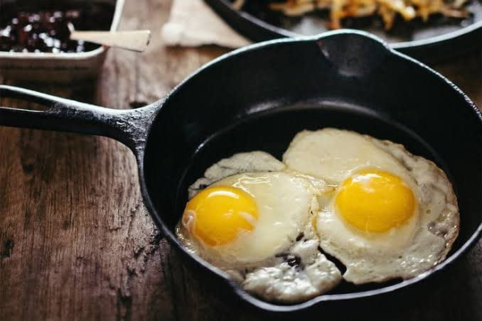 How Much Saturated Fat in Eggs Fried?