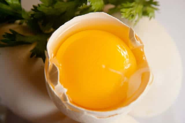 How Much Saturated Fat in Eggs Yolk Raw
